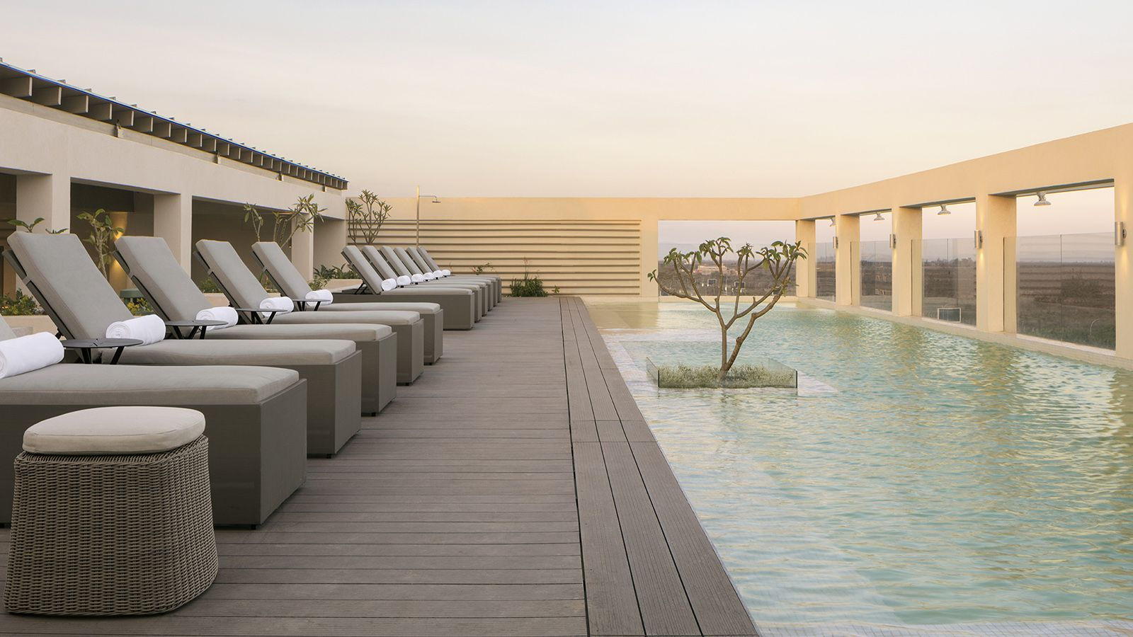 Four Points by Sheraton Nairobi Airport rooftop Swimming Pool
